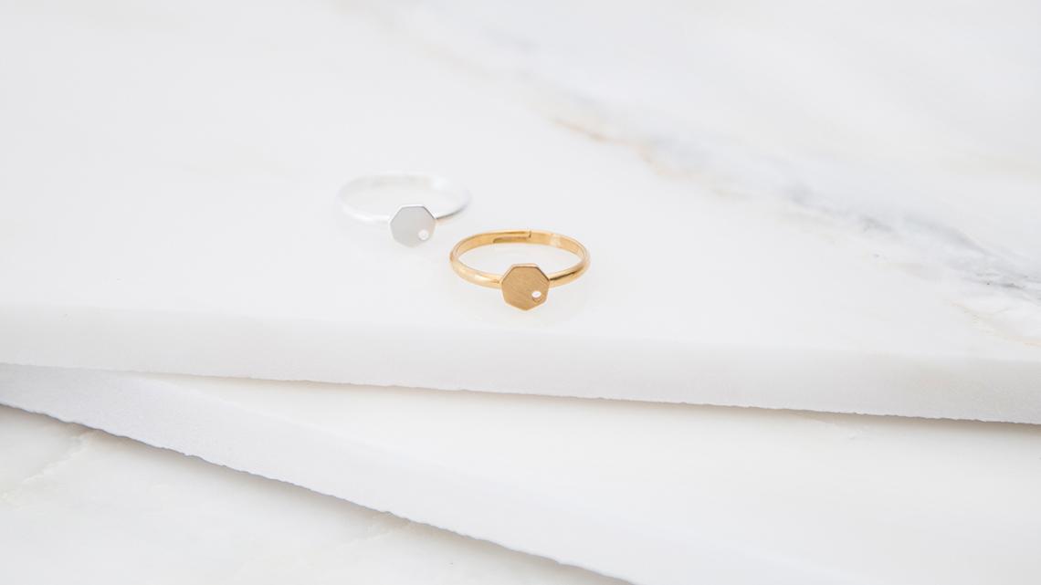 Boton-de-Nacar-Rotacion-hep-anillo-oro-B